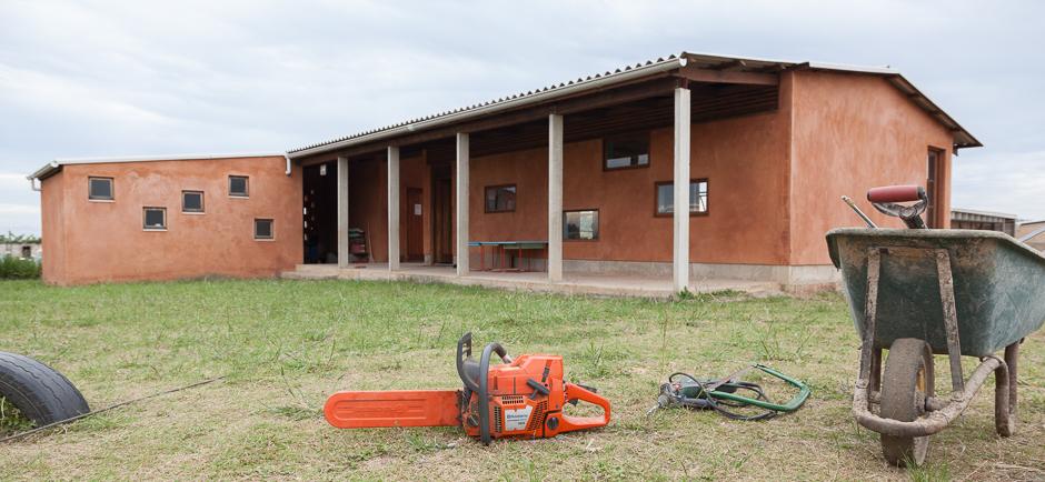 tool, machines, chainsaw, machine saw, wheelbarrow