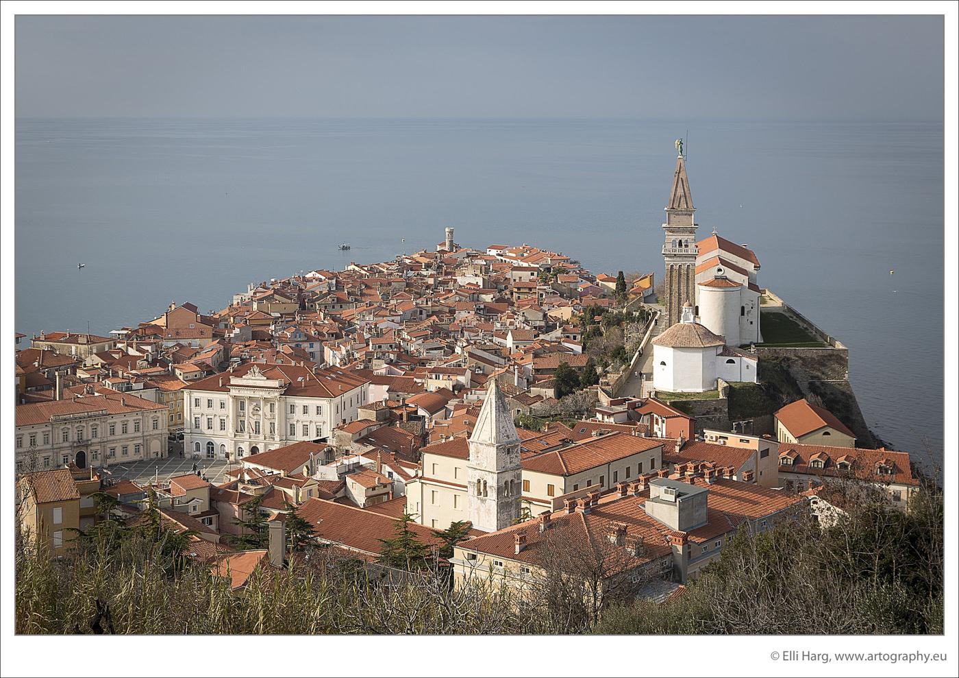 Sicht auf Piran von der Stadtmauer aus